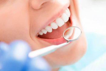 Consulta dentária em pacientes oncológicos